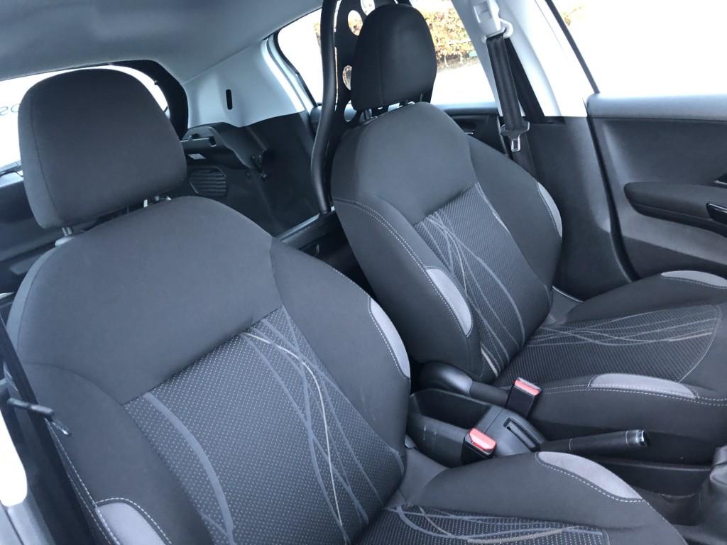 Peugeot 208 Van