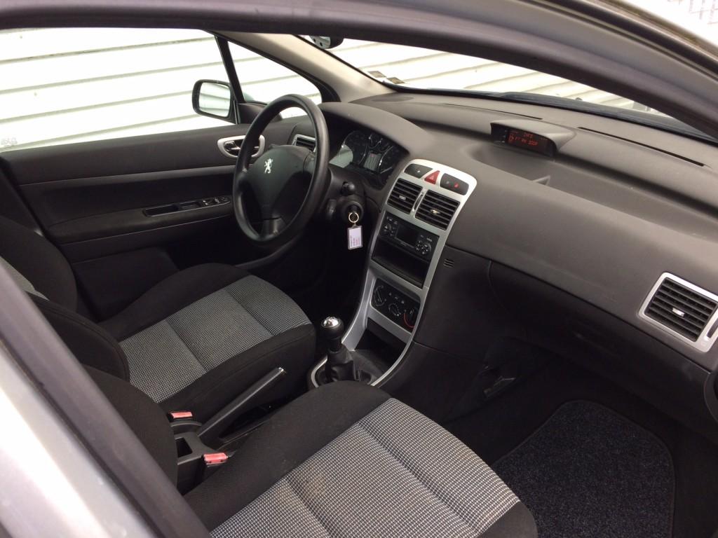 Peugeot 307 st.car