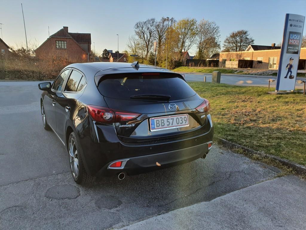 Mazda 3 Sky-active 2.0
