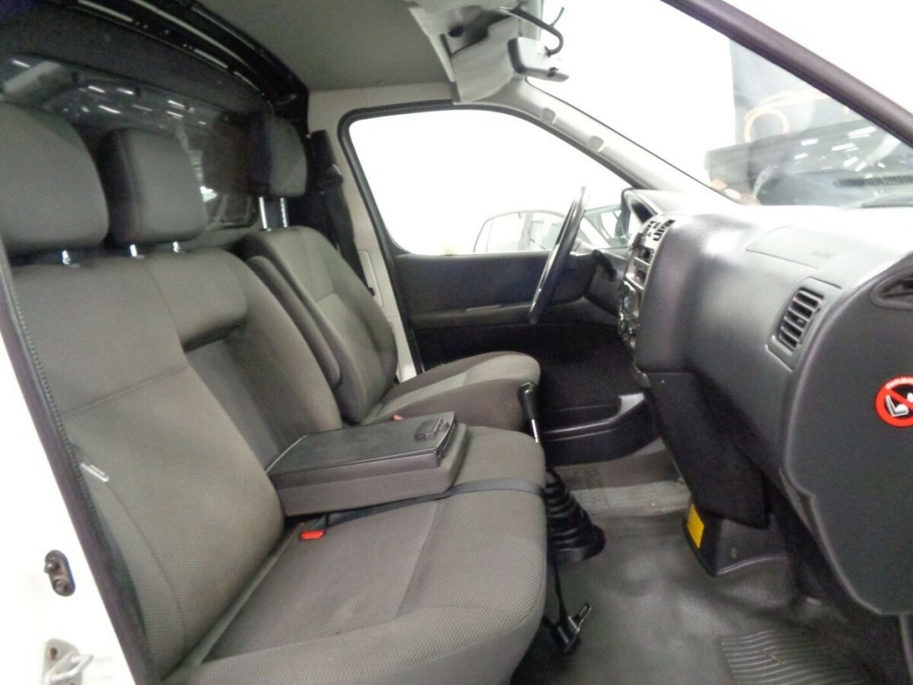 Toyota HiAce 2.5 Turbo