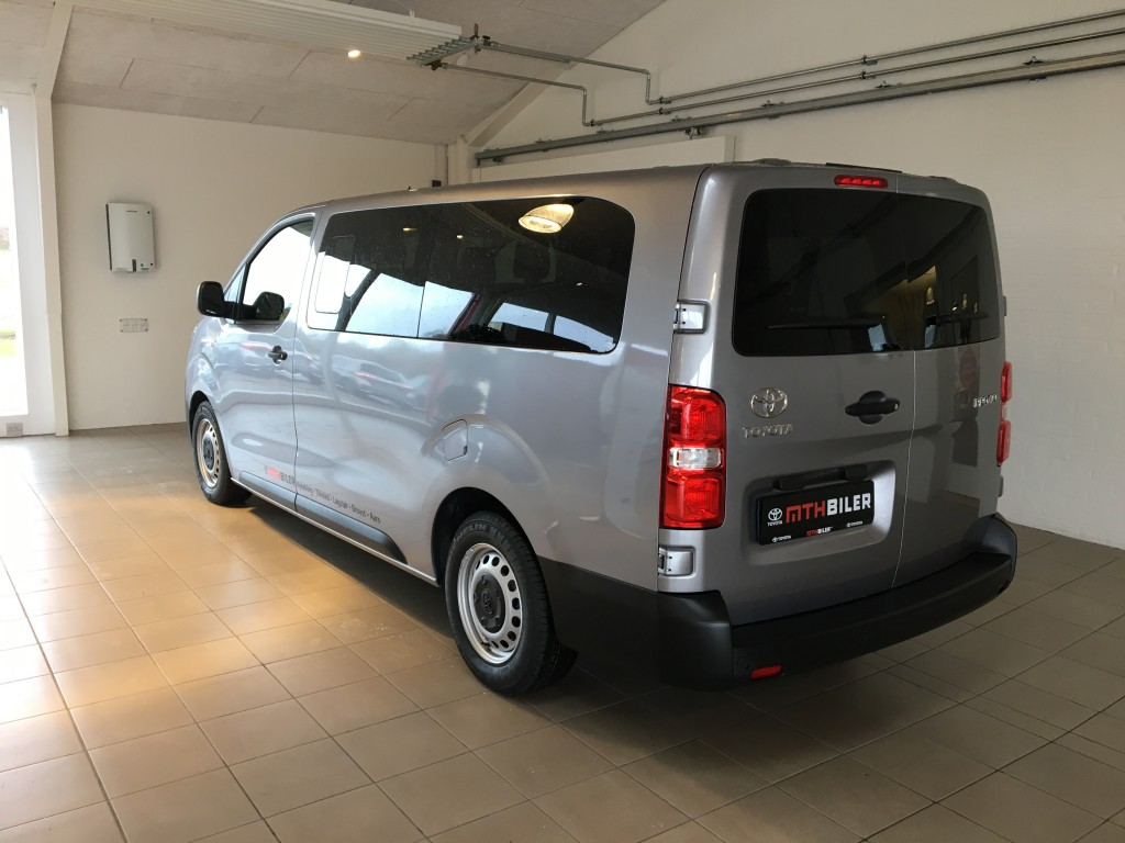 Toyota Proace Verso (lang) - BUS