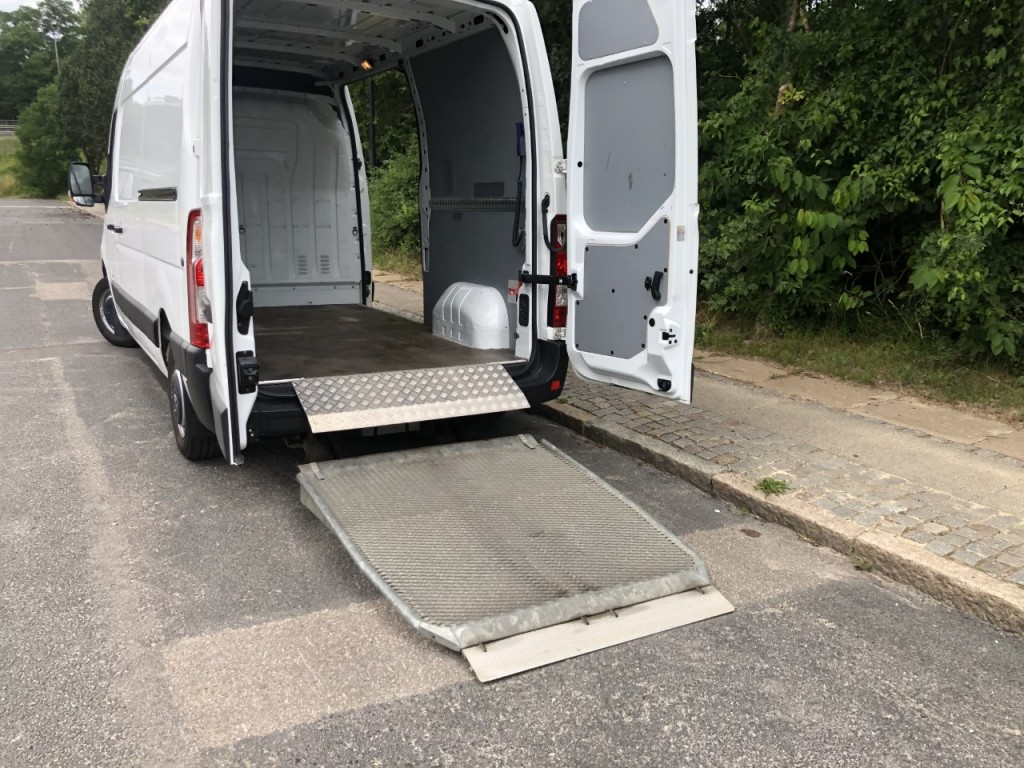 Renault Master L2H2 m/lift M2