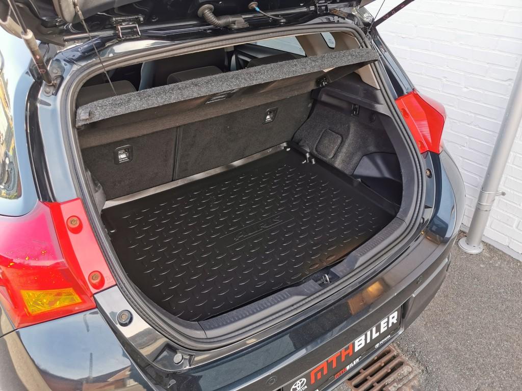 Toyota AURIS 1.8 Hybrid Hatchback