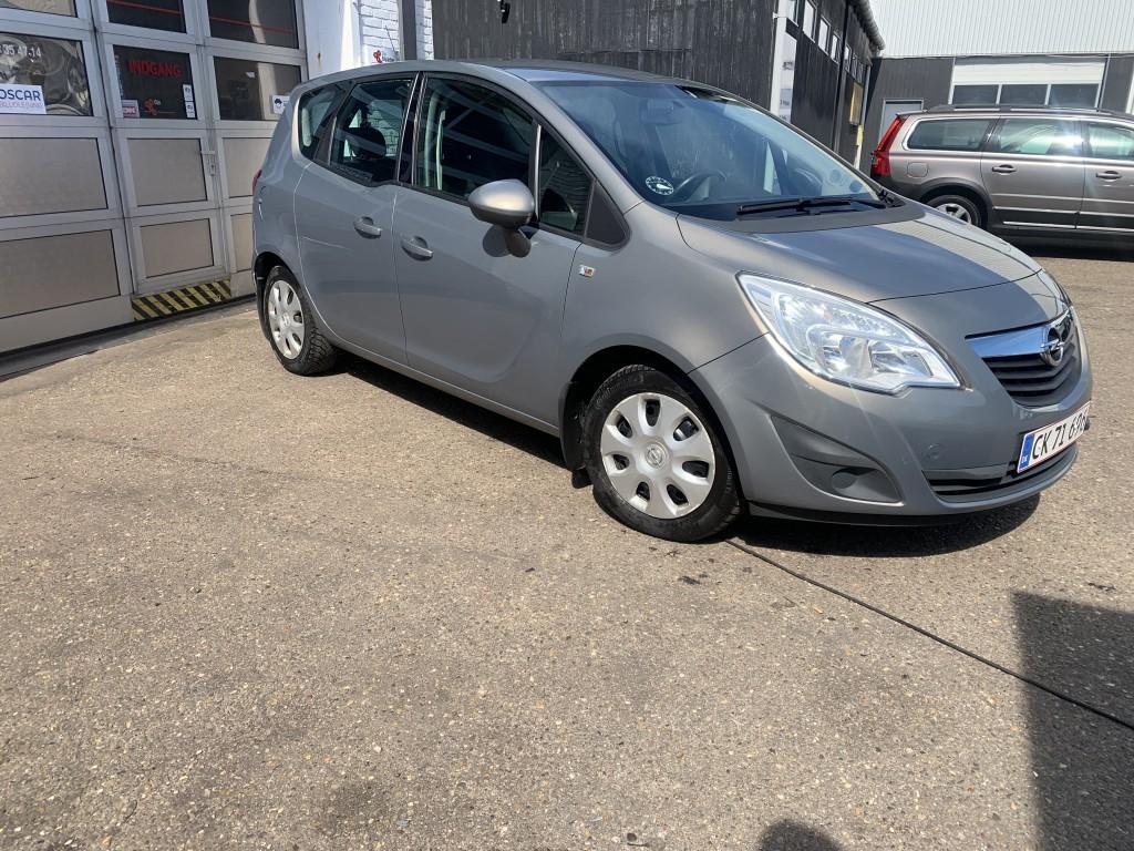 Opel Mariva