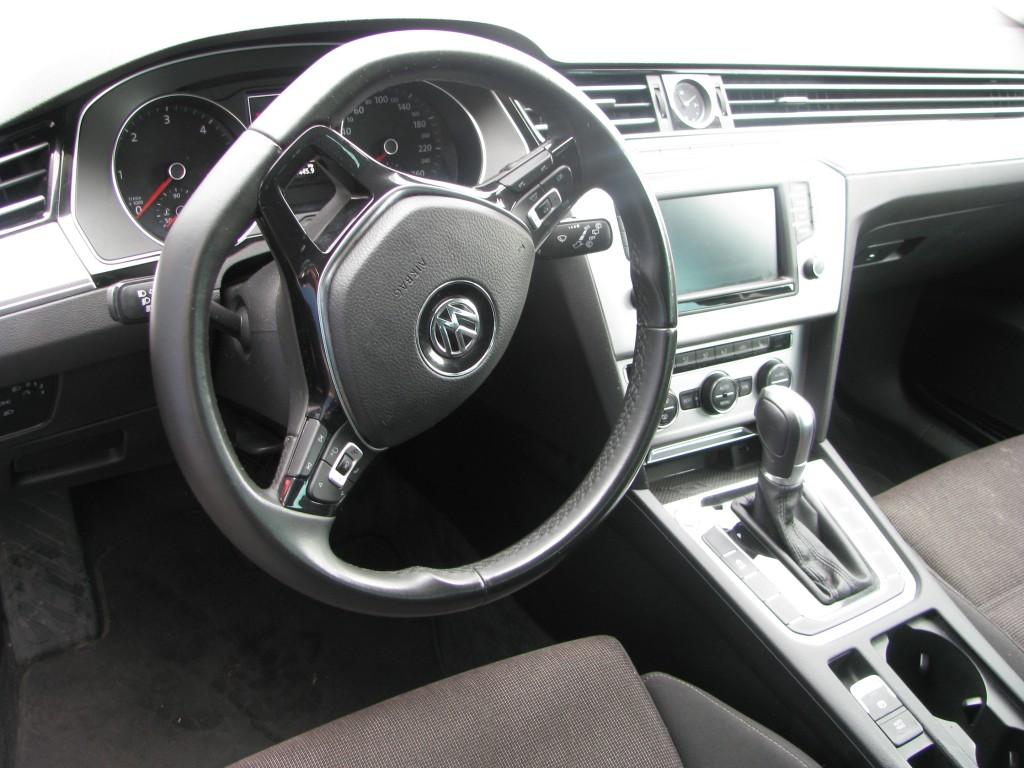 VW Passat Stc. 2,0 Tdi