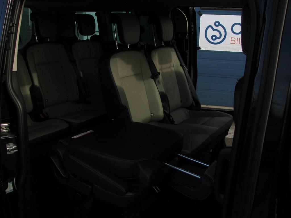 Ford Tourneo Custom 300 L2