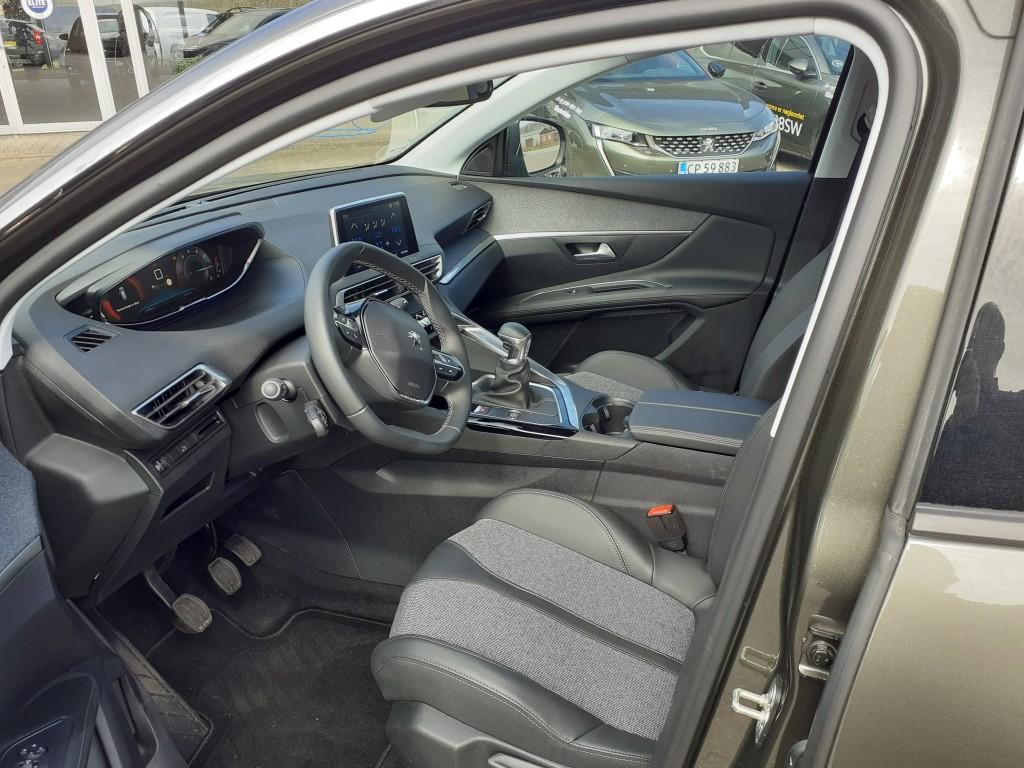 Peugeot 3008 1,2 THP Allure
