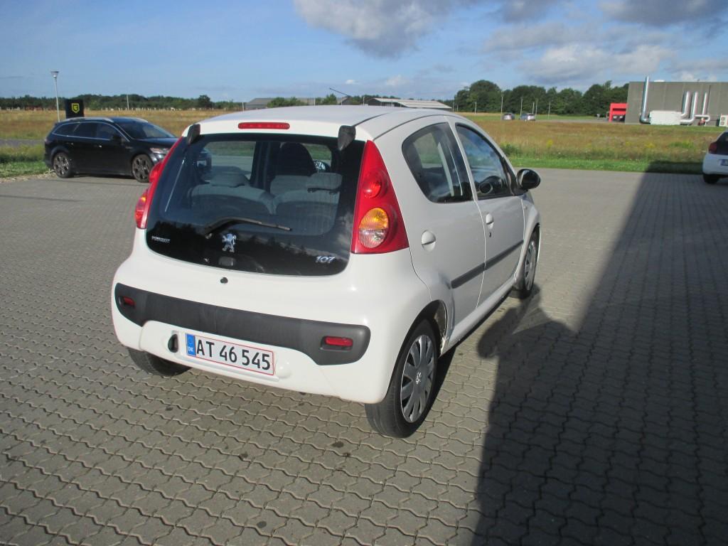 Peugeot 107 1.0